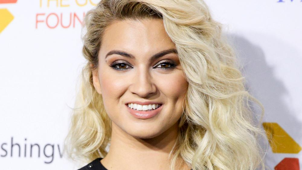i was so devastated tori kelly tearfully recalls struggling with