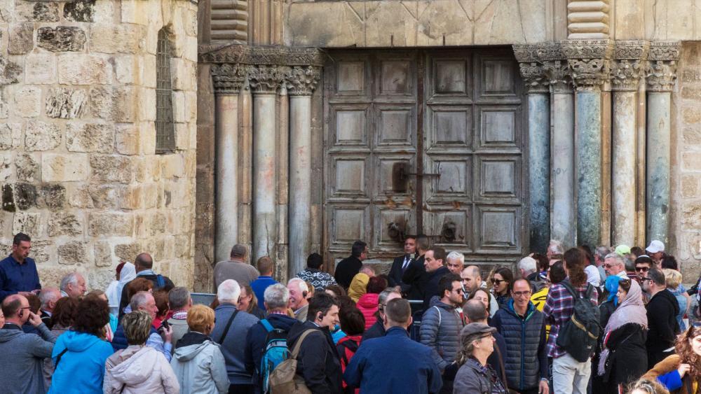 Church of the Holy Sepulcher, Photo, TPS, Hillel Maeir