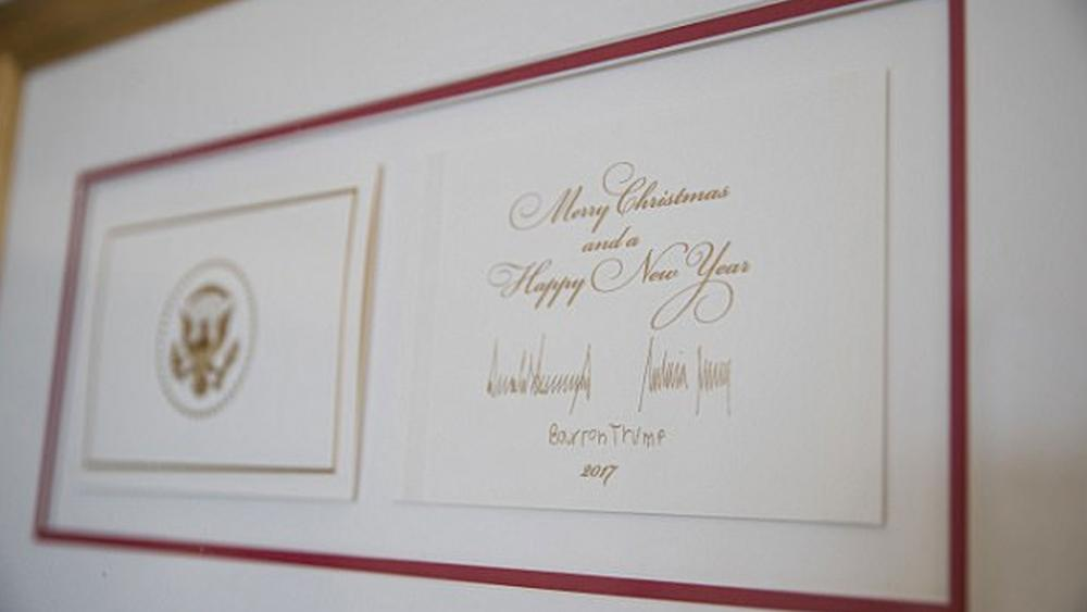 the big difference between trump and obamas holiday cards its all about christmas - All About Christmas