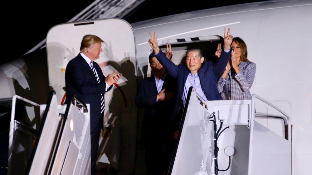President Trump Greets 3 Freed Americans, Photo, CBN News, Mario Gonzalez
