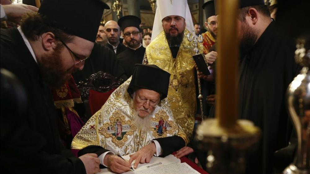 The Ecumenical Patriarch of Constantinople has signed a decree of independence for the Orthodox Church of Ukraine. AP Photo.