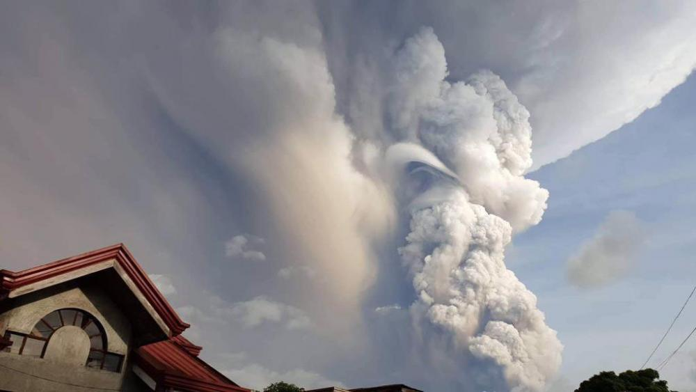 Taal Volcano spews ash and smoke during an eruption as seen from Cavite province, south of Manila, Philippines on Sunday. Jan. 12, 2020. (Jogs Danao/AP Photo)