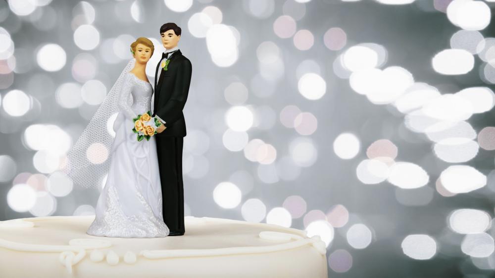 WeddingTopperCake