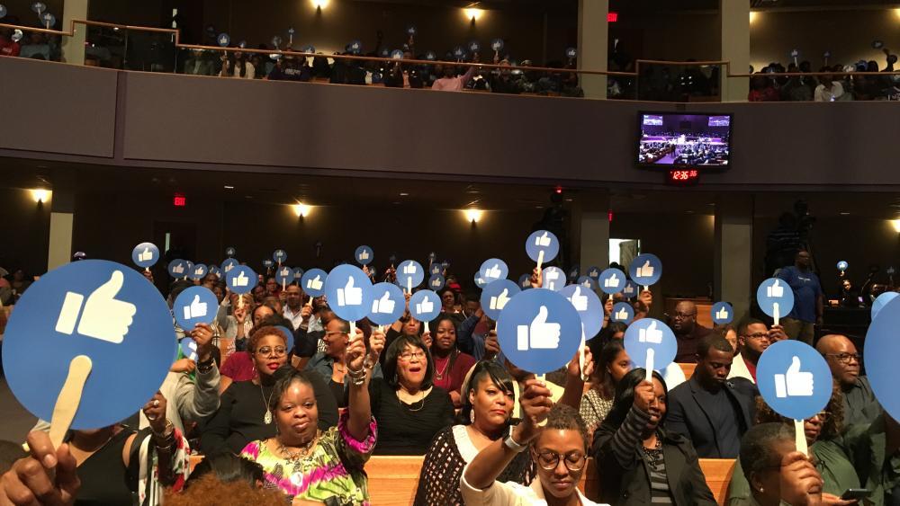Facebook partners with Nashville megachurch/CBN News