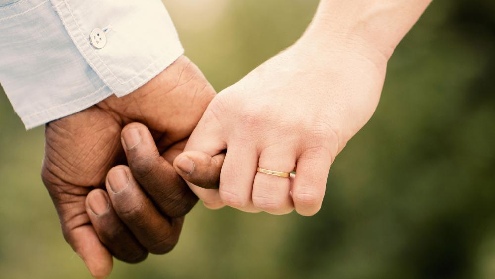 Interracial couples holding hands images 552