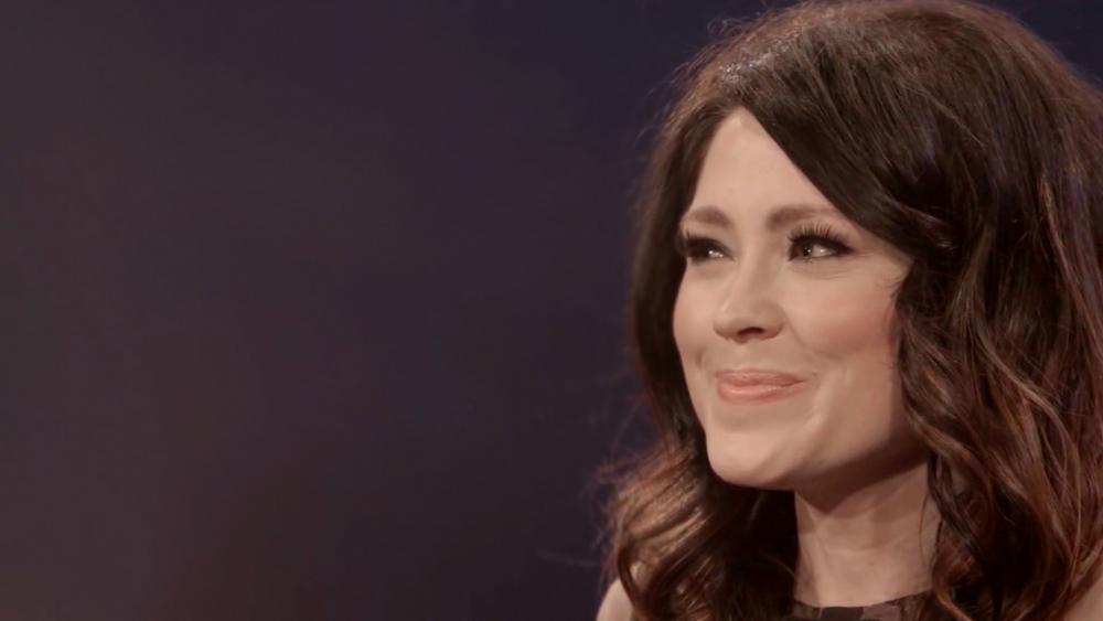 I Sat There with Tears in My Eyes\': Worship Leader Kari Jobe\'s ...