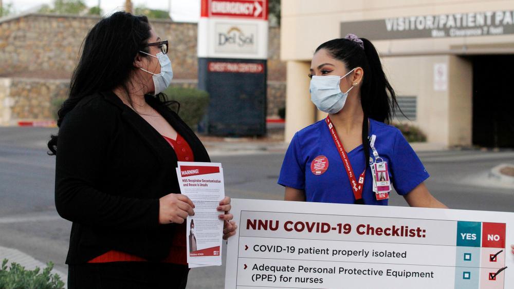 Nurses at the Las Palmas Del Sol Medical Center in El Paso, Texas. (AP Photo/Cedar Attanasio)