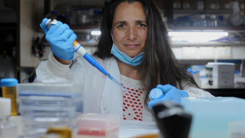 Prof. Naama Geva-Zatorsky. Photo credit: Rami Shlush, Haaretz