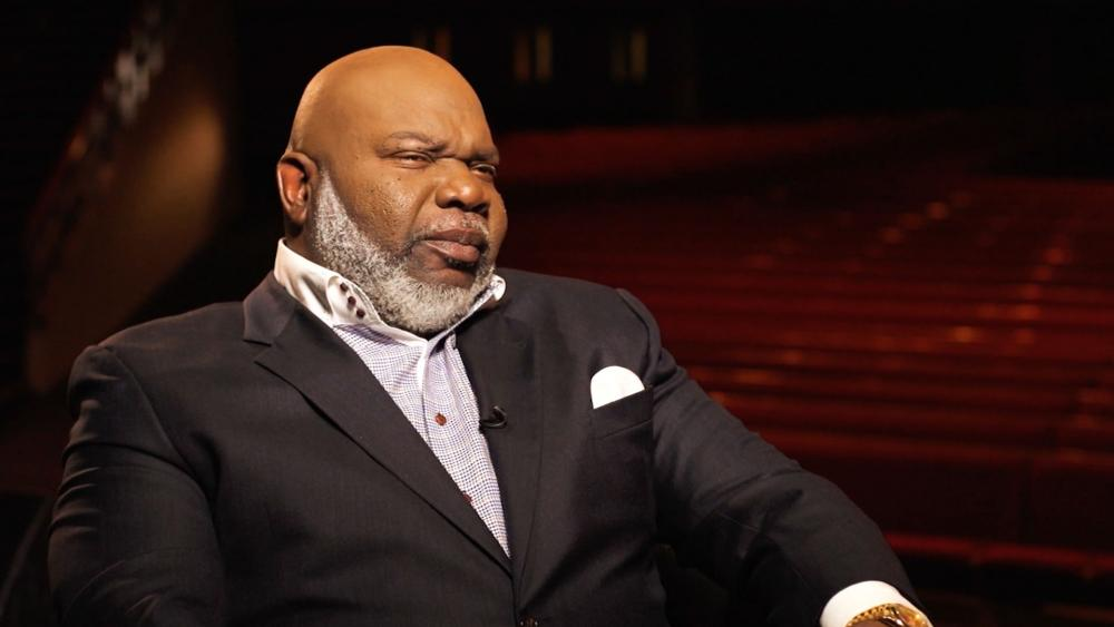 How tall is td jakes