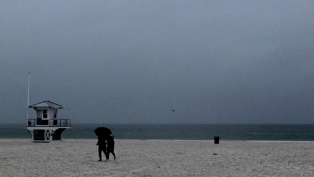 Alberto Strikes Gulf Coast with Dangerous Surf, Heavy Rains | CBN News