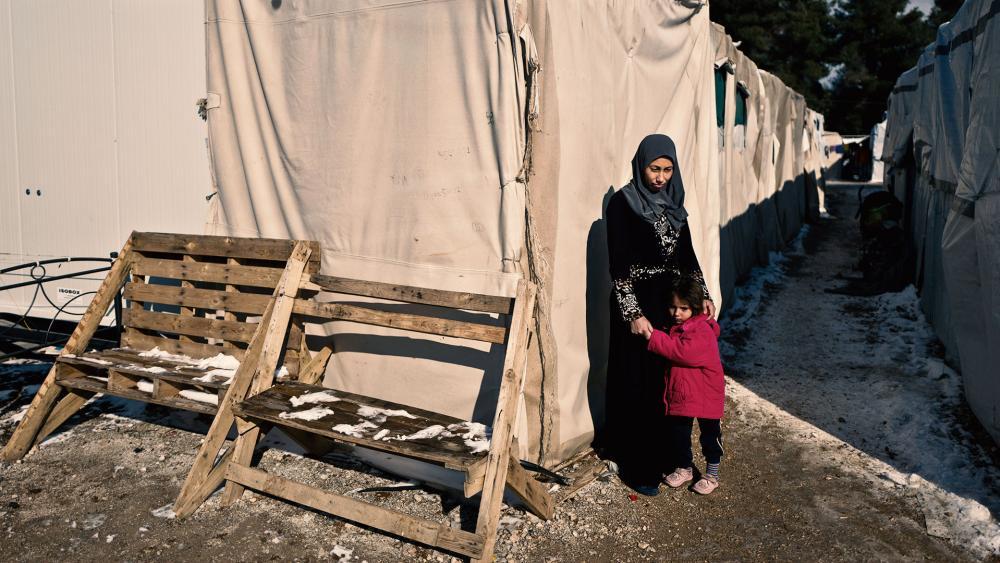 syrianrefugeemotherchildap