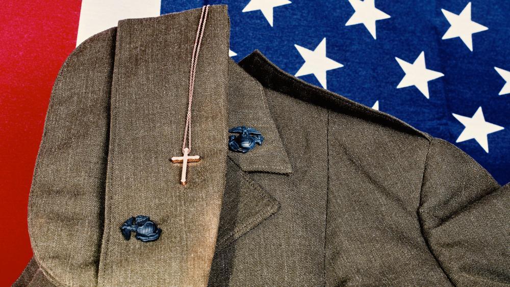 us-militaryamericanflagcrossas