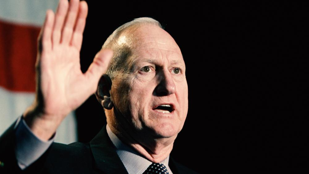 Former Delta Force Commander Applauds Trump's Defense