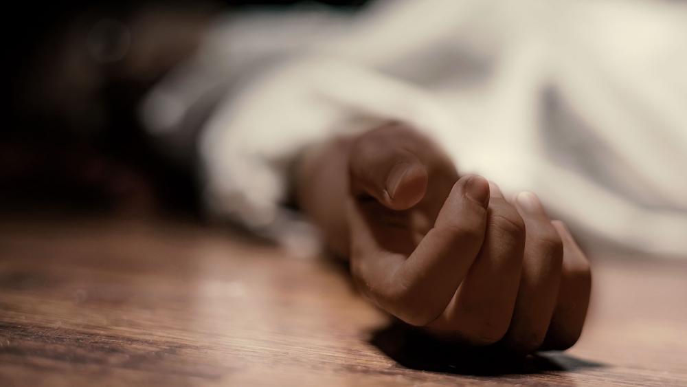 woman hand dead