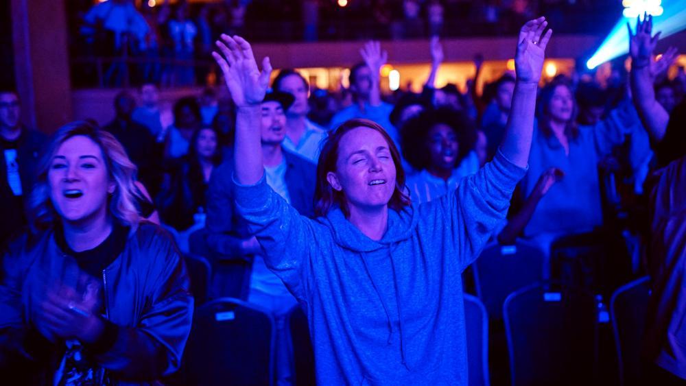 Christians worshipping at Hillsong NYC (AP Photo)